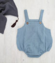 baby-romper-støvet-blå-tørkle-grå-dusk